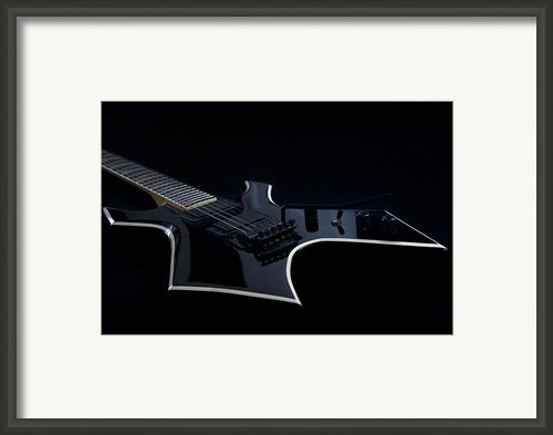 E-guitar Framed Print By Melanie Viola