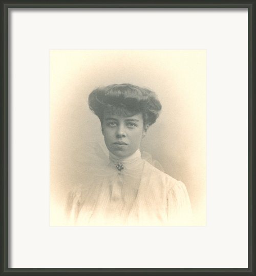 Eleanor Roosevelts Coming Out Portrait Framed Print By Everett