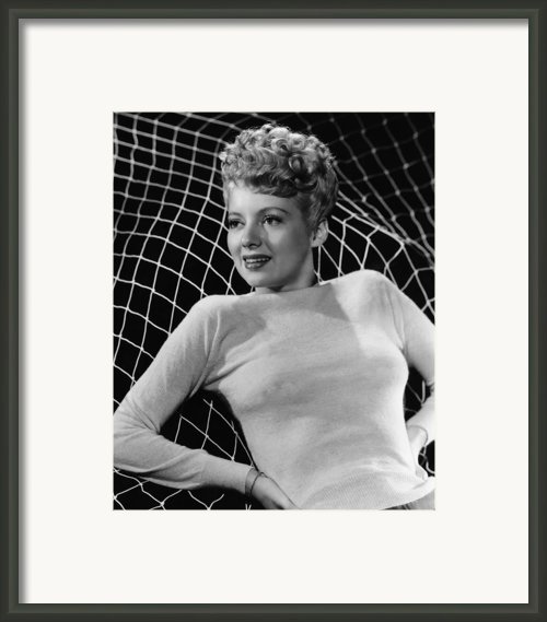 Evelyn Keyes, 1945 Framed Print By Everett