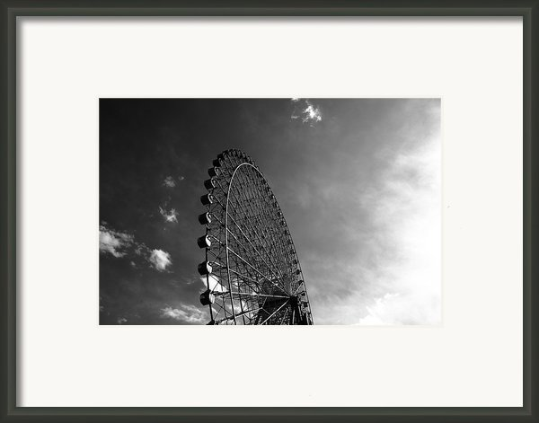 Ferris Wheel Against Sky Framed Print By Kiyoshi Noguchi