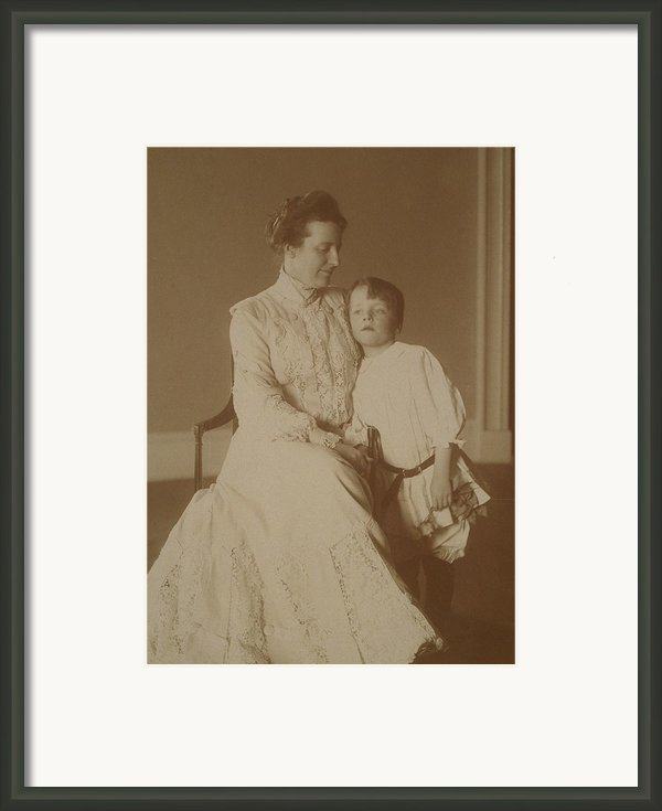 First Lady Edith Roosevelt Framed Print By Everett
