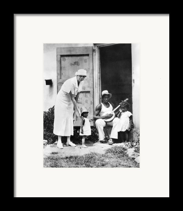 First Lady Eleanor Roosevelt Chatting Framed Print By Everett