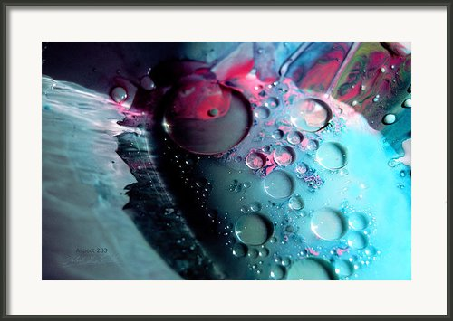 Fluidism Aspect 283 Photography Framed Print By Robert G Kernodle