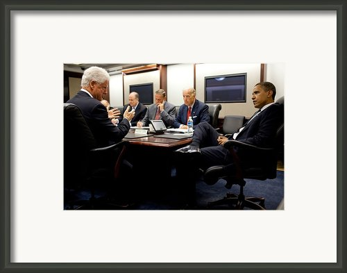 Former President Clinton Briefs Framed Print By Everett