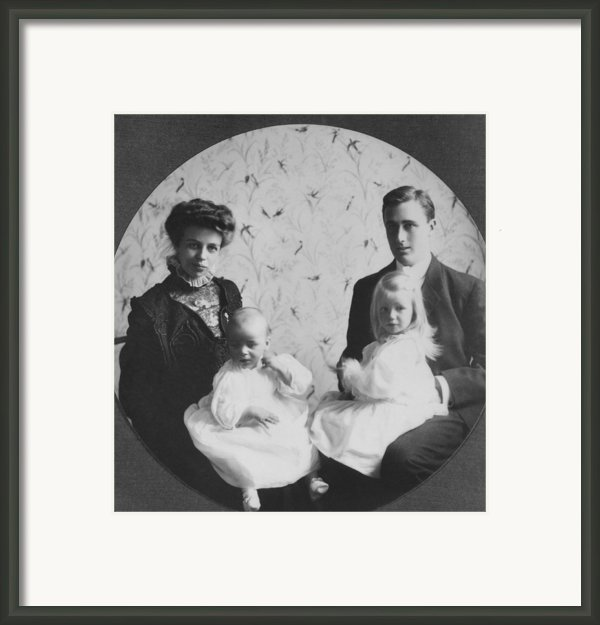 Franklin D. Roosevelt And Young Wife Framed Print By Everett