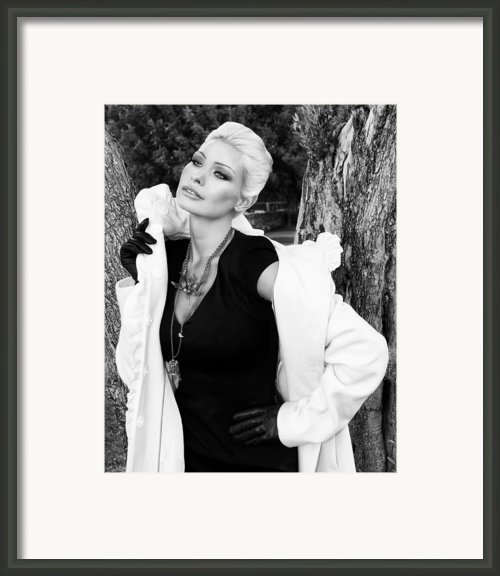 Glamour Bw Framed Print By William Dey