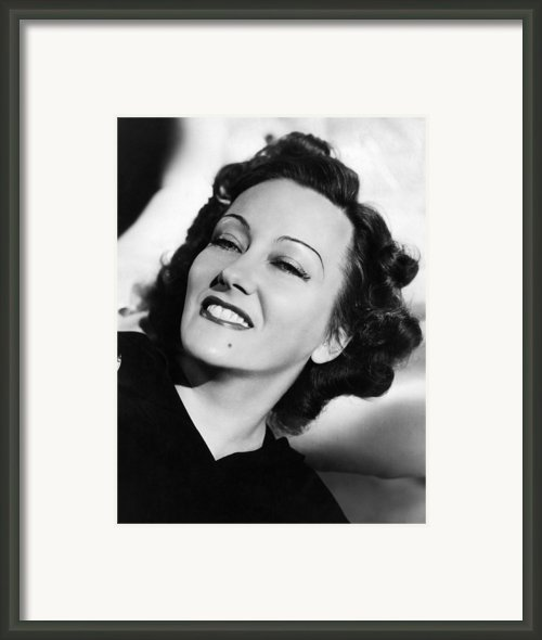 Gloria Swanson, Ca. Early 1940s Framed Print By Everett