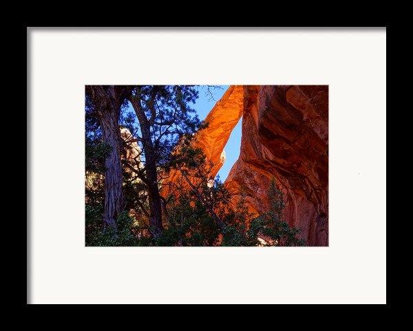 Glowing Arch Framed Print By Scott Mcguire