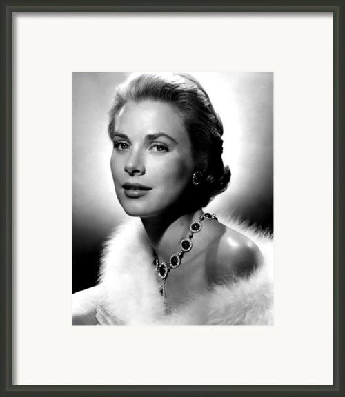 Grace Kelly, 1955 Framed Print By Everett