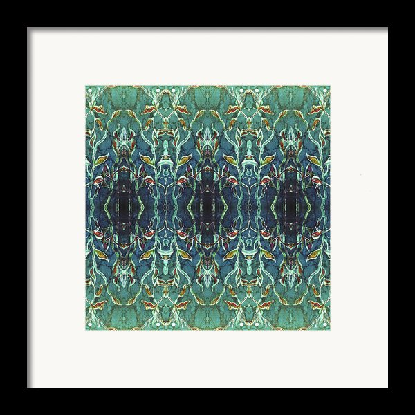 Graceleavz  Framed Print By Sue Duda