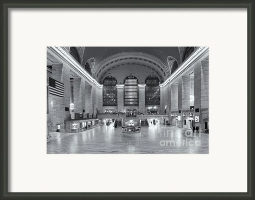 Grand Central Terminal Ii Framed Print By Clarence Holmes