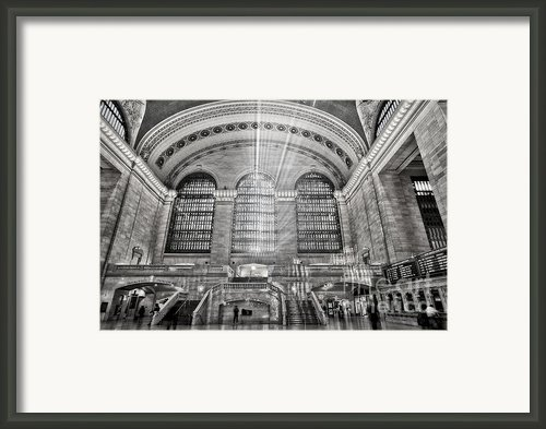 Grand Central Terminal Station Framed Print By Susan Candelario
