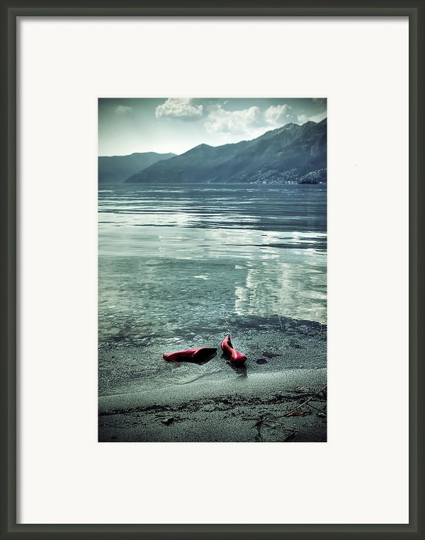 Green And Red Framed Print By Joana Kruse