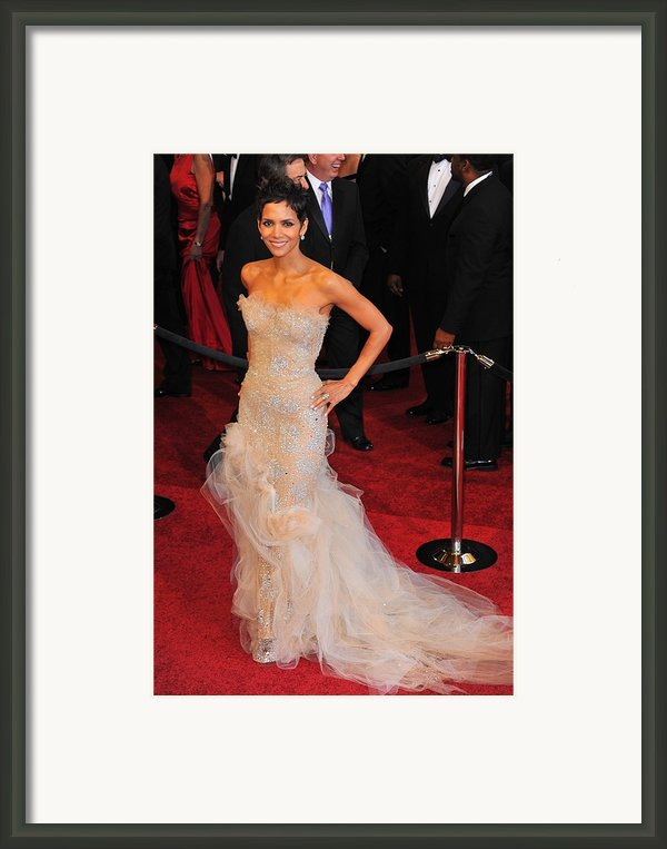 Halle Berry Wearing Marchesa Dress Framed Print By Everett