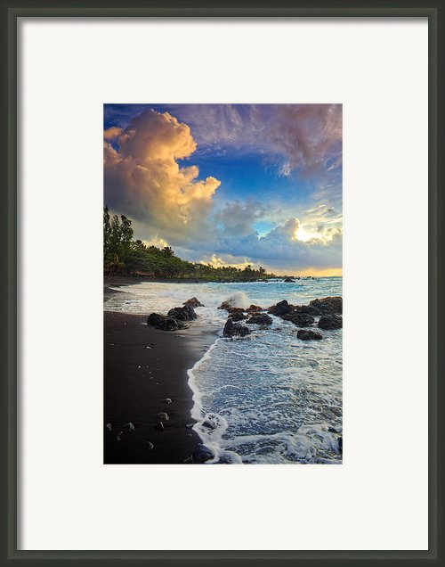 Hana Clouds Framed Print By Inge Johnsson