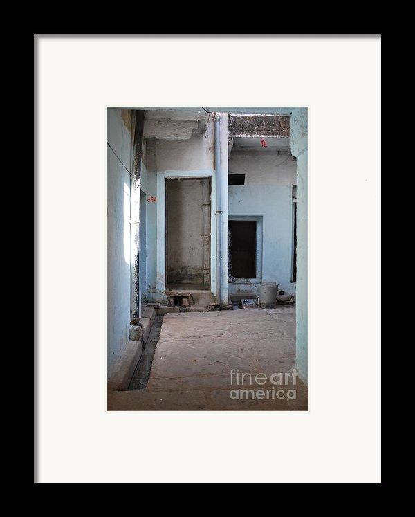 Hang Dog Framed Print By Jen Bodendorfer