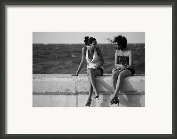 Havana Beauties Framed Print By Peter Verdnik
