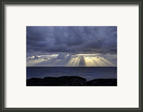 Hawaiian Sunrise Framed Print By Mike Herdering