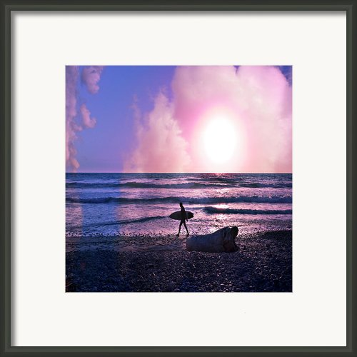Heading Home Framed Print By Gilbert Artiaga