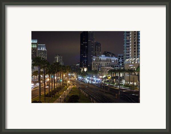 Heart Of The City Framed Print By Benjamin Street