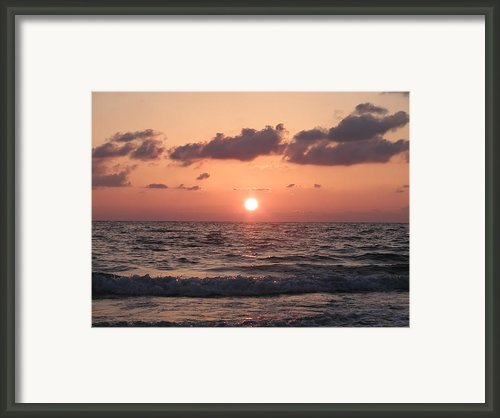 Honey Moon Island Sunset Framed Print By Bill Cannon