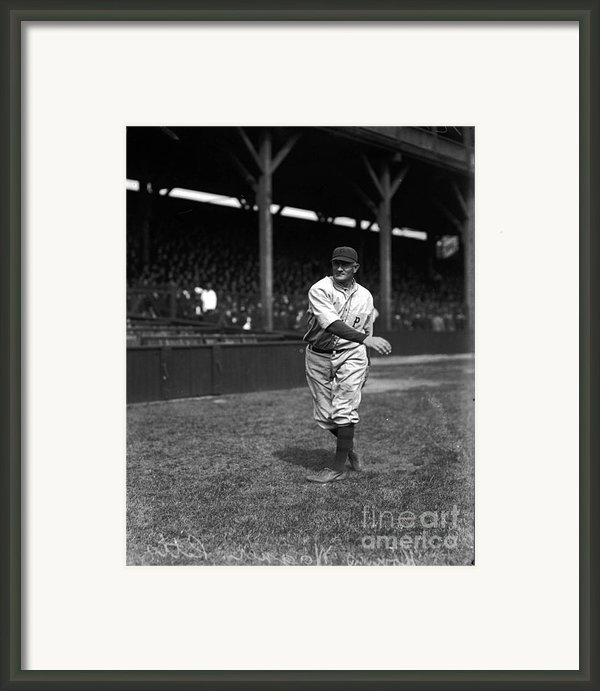 Honus Wagner - Pittsburgh Pirates Framed Print By David Bearden