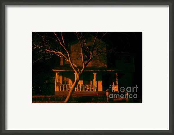 House On Haunted Hill Framed Print By David Lee Thompson