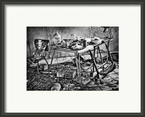 Hungry Helpers Framed Print By Jerry Cordeiro