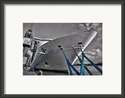 In The Harbour Framed Print By Alex Hardie