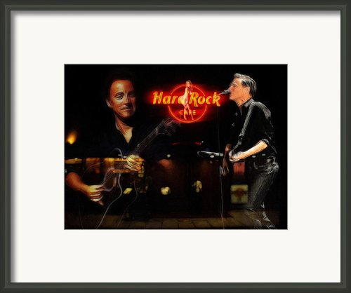In The Hard Rock Cafe Framed Print By Stefan Kuhn