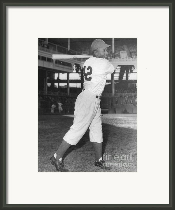Jackie Robinson, African-american Framed Print By Science Source
