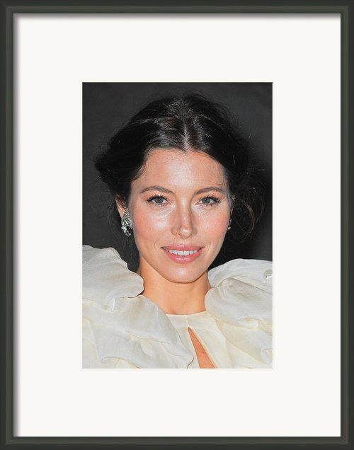 Jessica Biel  Wearing Fred Leighton Framed Print By Everett