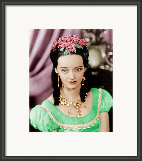 Juarez, Bette Davis, 1939 Framed Print By Everett