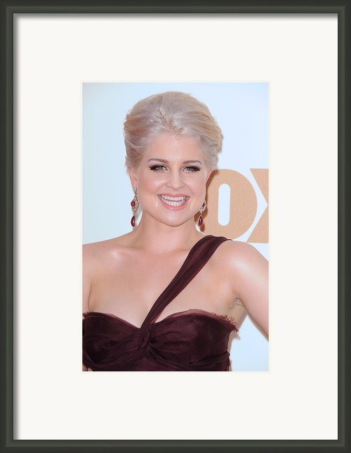Kelly Osbourne At Arrivals For The 63rd Framed Print By Everett