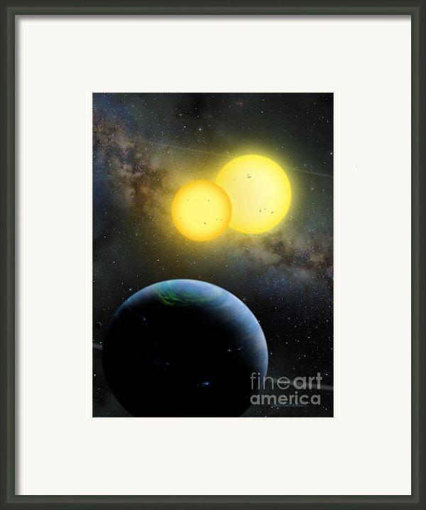 Kepler-35 Framed Print By Lynette Cook