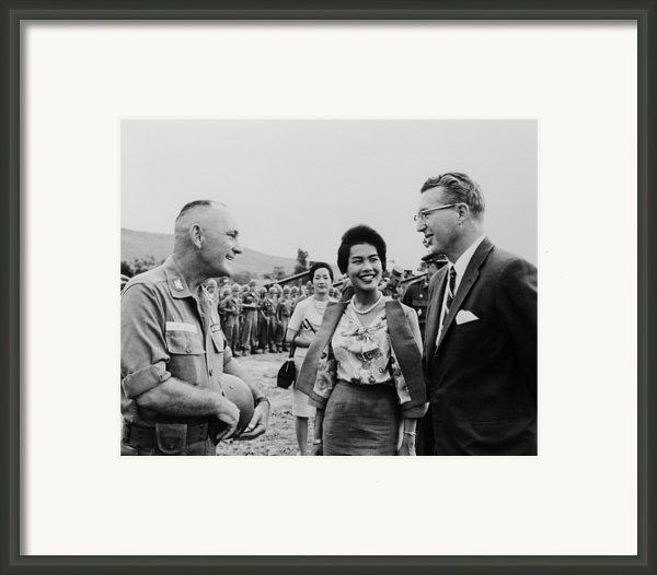 King Bhumibol And Queen Sirikit Framed Print By Everett