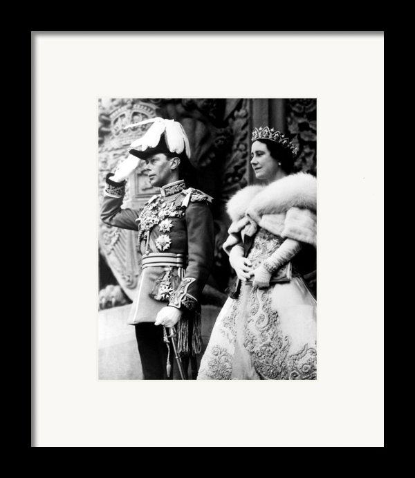 King George Vi, Queen Elizabeth Framed Print By Everett