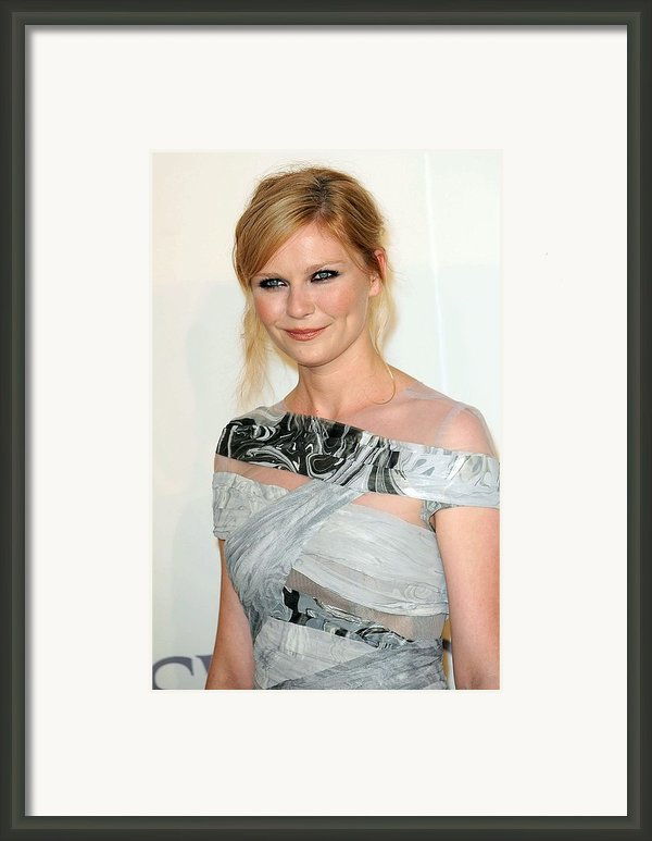 Kirsten Dunst At Arrivals For The 2009 Framed Print By Everett