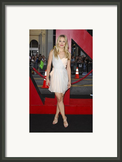 Kristen Bell Wearing A Dress By J Framed Print By Everett