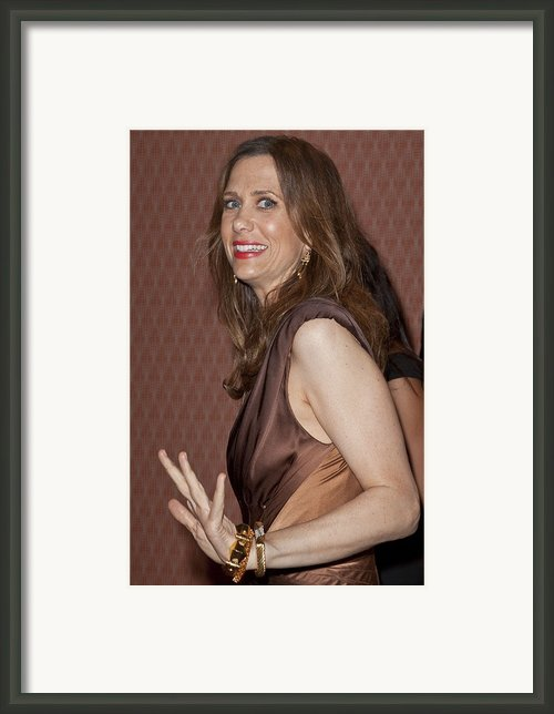 Kristen Wiig At Arrivals For Hbo Framed Print By Everett