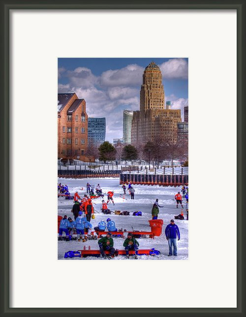 Labatt Pond Hockey 2011 Framed Print By Don Nieman