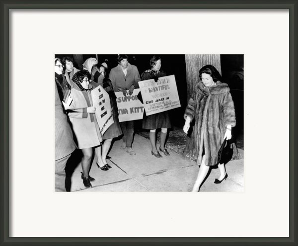 Lady Bird Johnson Walks Past A Group Framed Print By Everett