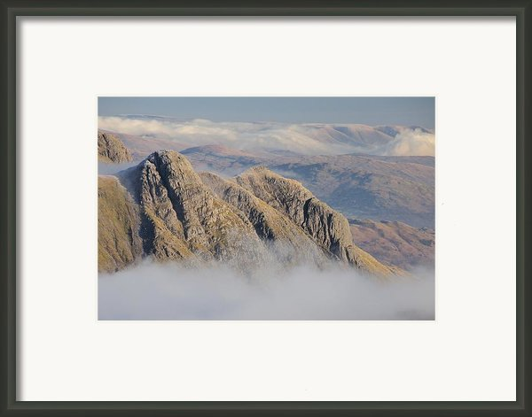 Langdale Pikes Framed Print By Stewart Smith