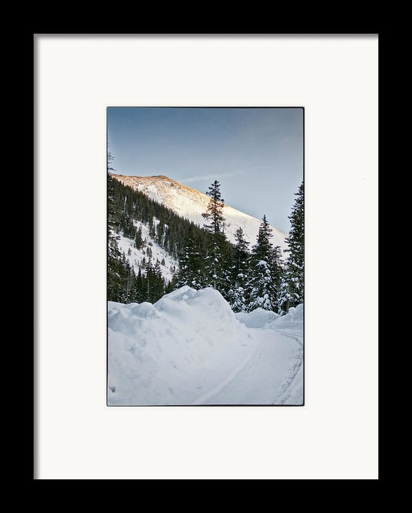 Last Glance At The Mountain Framed Print By Lisa  Spencer