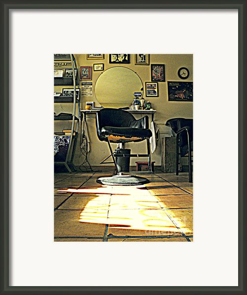 Lazy Day Framed Print By Joe Jake Pratt