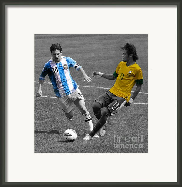 Lionel Messi And Neymar Clash Of The Titans At Metlife Stadium  Framed Print By Lee Dos Santos