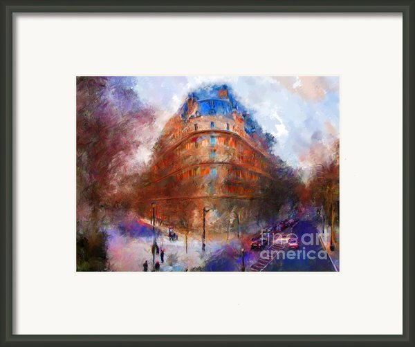 London Central Framed Print By Marilyn Sholin