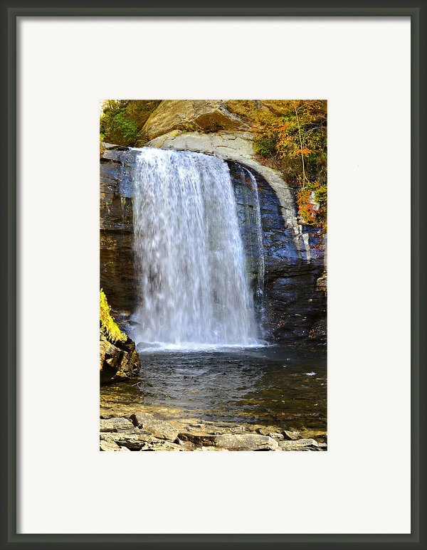 Looking Glass Falls Framed Print By Susan Leggett