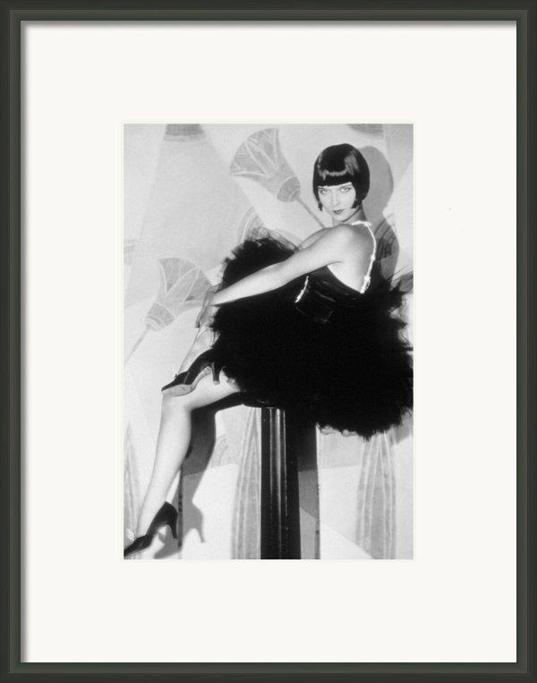 Louise Brooks, C. 1929 Framed Print By Everett