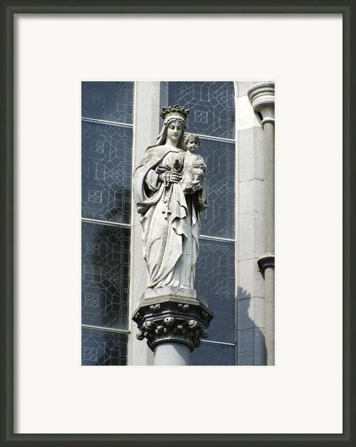 Madonna And Child Framed Print By Teresa Mucha